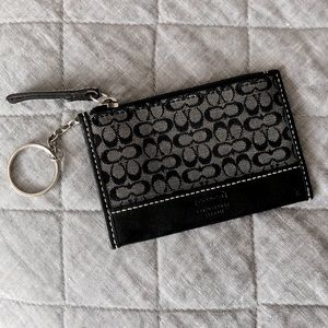 Handbags - Coach card holder key ring monogram